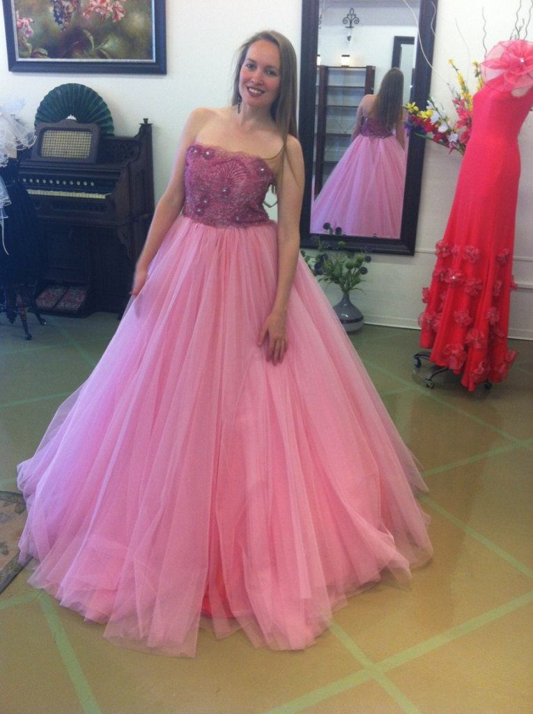 Fititng at Natalia Acosta's Boutique - Pink