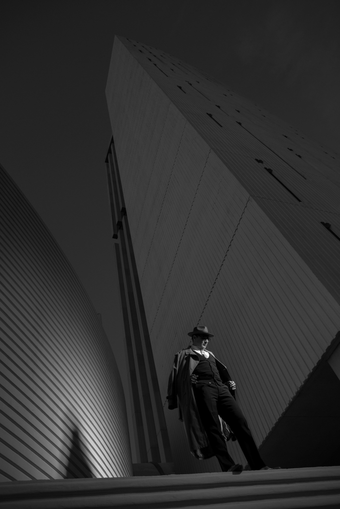 The closest to a rendition of the office man of the time, of the modern man who inhabit these spaces and who was attired fully in office garments. Seductively using angles to showcase the architecture and give a sense of space and time. Photography; Chris Loomis http://www.chrisloomis.com Model & Styling; Oscar de las salas FORD/RBA www.whatwouldoscardo.com Fashion; Vintage Clothing