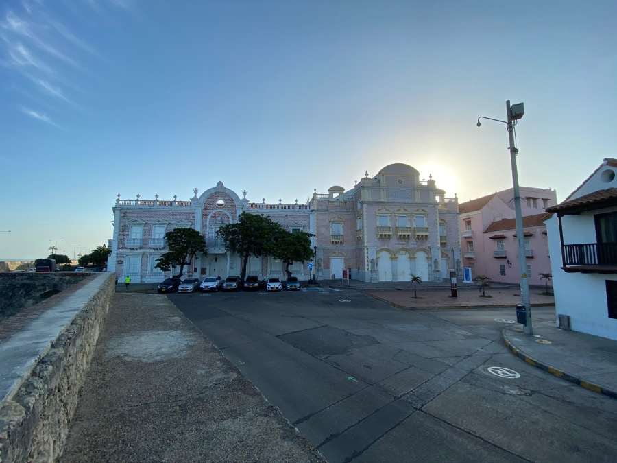 Morning Walk inside the Historic City - Cartagena De Indias